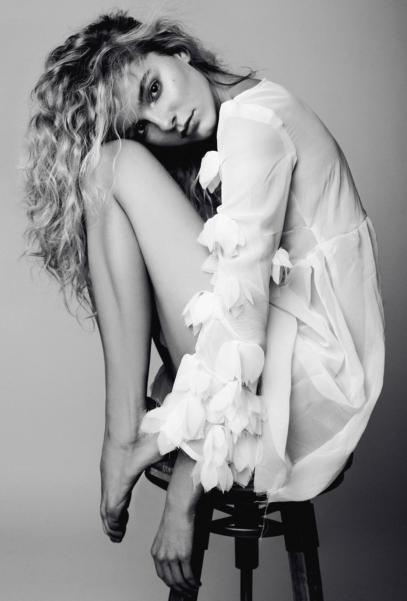 Amélie Tremblay international top model from Quebec, photographer Dariane Sanche
