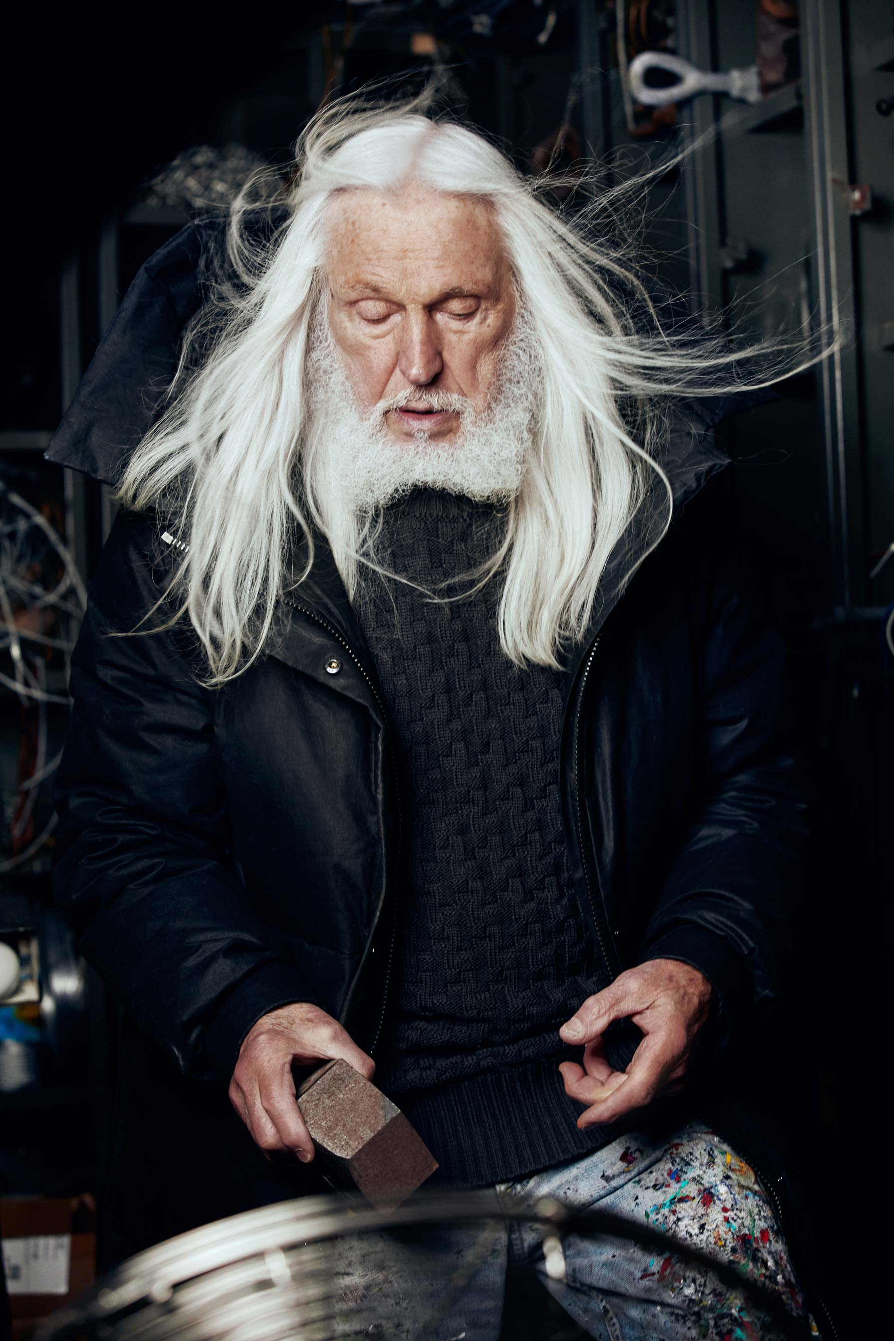 Photo portrait Armand Vaillancourt sculptor and painter from Montreal